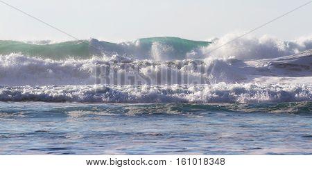 Crashing Waves In Rows