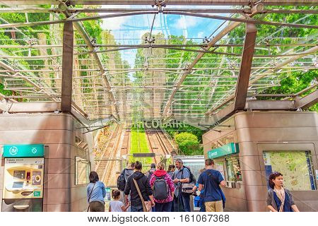 Paris, France - July 04, 2016 : Funicular And People Near Entrance  Of Montmartre Funicular  , Which