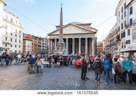 Tourists Near Pantheon Edifice In Rome City