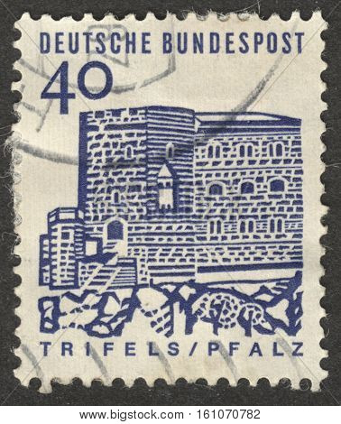 MOSCOW RUSSIA - CIRCA NOVEMBER 2016: a post stamp printed in GERMANY shows Stronghold Trifels in the Palatinate the series