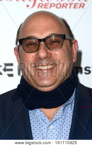 LOS ANGELES - DEC 9:  Willie Garson at the 32nd Annual International Documentary Association Awards at Paramount Studios on December 9, 2016 in Los Angeles, CA