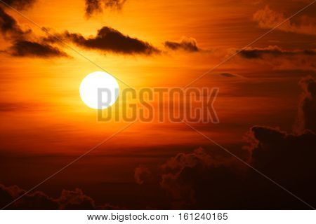 close up beautiful sunset/sunrise and cloud at sky natural background