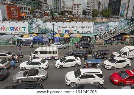 BANGKOK THAILAND - JUL 27 : car in traffic jam on Ratchadamri road in the way to Pratu Nam market near CentralWorld on july 27 2016 thailand. traffic jam is one of worse issue of Bangkok