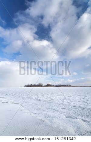 winter frozen lake / winter peaceful landscape deserted place