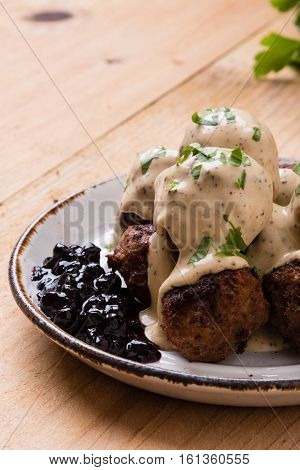 Swedish Meatballs With Blueberry Jam