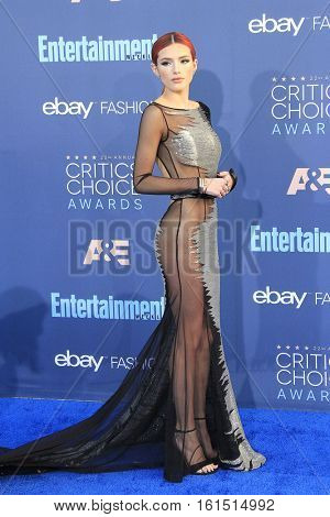 SANTA MONICA - DEC 11: Bella Thorne at The 22nd Annual Critics' Choice Awards at Barker Hangar on December 11, 2016 in Santa Monica, California