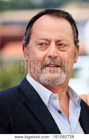 Jean Reno attends the 'The Last Face' Photocall at the annual 69th Cannes Film Festival at Palais des Festivals on May 20, 2016 in Cannes, France.