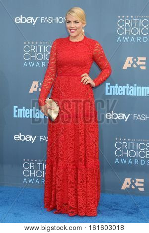LOS ANGELES - DEC 11:  Busy Philipps at the 22nd Annual Critics' Choice Awards at Barker Hanger on December 11, 2016 in Santa Monica, CA