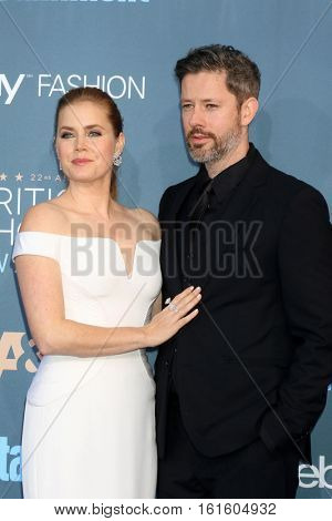 LOS ANGELES - DEC 11:  Amy Adams, Darren Le Gallo at the 22nd Annual Critics' Choice Awards at Barker Hanger on December 11, 2016 in Santa Monica, CA