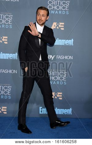 LOS ANGELES - DEC 11:  Ryan Gosling at the 22nd Annual Critics' Choice Awards at Barker Hanger on December 11, 2016 in Santa Monica, CA