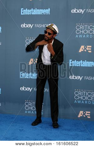 LOS ANGELES - DEC 11:  Lakeith Stanfield at the 22nd Annual Critics' Choice Awards at Barker Hanger on December 11, 2016 in Santa Monica, CA