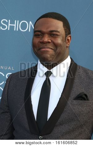 LOS ANGELES - DEC 11:  Sam Richardson at the 22nd Annual Critics' Choice Awards at Barker Hanger on December 11, 2016 in Santa Monica, CA