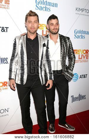 LOS ANGELES - DEC 4:  Lance Bass, Michael Turchin at the TrevorLIVE Los Angeles 2016 at Beverly Hilton Hotel on December 4, 2016 in Beverly Hills, CA