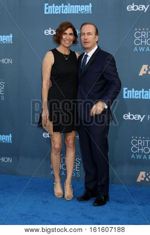 LOS ANGELES - DEC 11:  Naomi Odenkirk, Bob Odenkirk at the 22nd Annual Critics' Choice Awards at Barker Hanger on December 11, 2016 in Santa Monica, CA