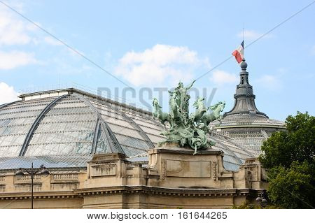 France, Paris - July 30, 2014: Chariot Georges Resipona Decorating The Corners Of The Great Palace O