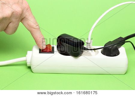 energy saving to switch off a socket