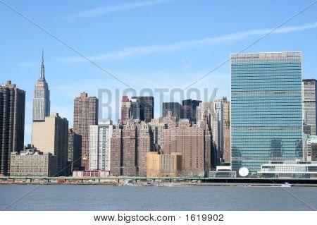 Мидтаун Манхэттен на фоне линии горизонта, Нью-Йорк Сити