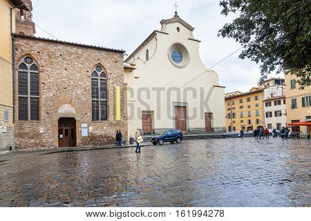 Basilica Di Santo Spirito On Piazza In Florence