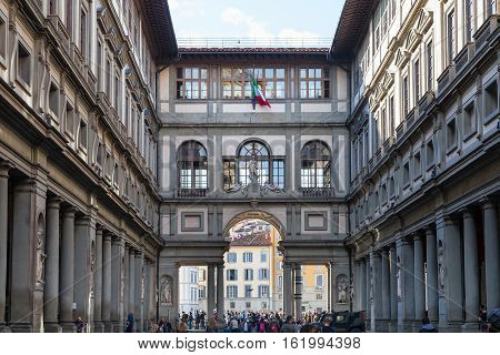 People On Courtyard Of Uffizi Gallery