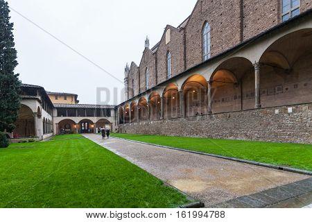 Arnolfo Cloister Of Basilica Santa Croce In Rain