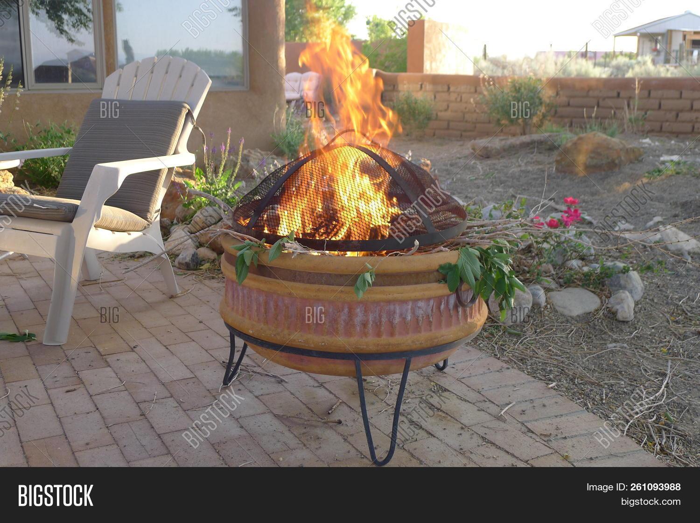 Awesome Beautiful Backyard Image Photo Free Trial Bigstock Interior Design Ideas Inesswwsoteloinfo