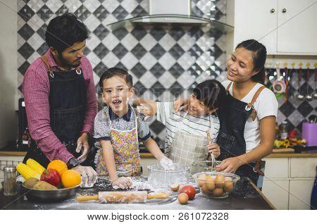 Closeup Hand For Mother Teaching Cute Girl  Preparing Making Wheat Flour  And Make A Fruit Cake Heal