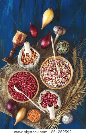 Assortment Of Kidney Bean - Mung Bean, Red Kidney Bean, White Bean, Brown Bean, Indian Corn, Pumpkin