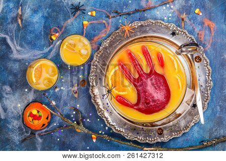 Ghoul's Punch In A Glass Bowl