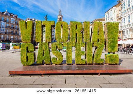 Vitoria-gasteiz, Spain - September 28, 2017: Grass Sculpture At The Virgen Blanca Square In Vitoria