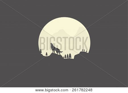 Silhouette Of A Howling Wolf In The Background Of The Moon
