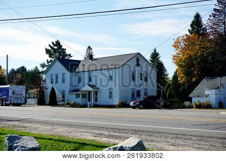 Conway, Michigan / United States - October 20,2017: The Historic Hiawatha Inn Offers Lodging Near Th