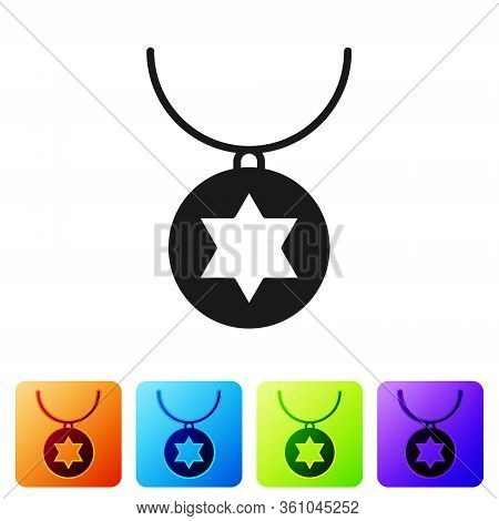 Black Star Of David Necklace On Chain Icon Isolated On White Background. Jewish Religion. Symbol Of