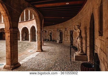 Palma De Mallorca, Spain - 03/03/2020: Inside The Court Of The Circular Gothic Castle 'castell De Be