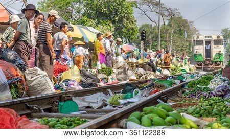 Da Nyin Gone Market. Circular Train, Yangon, Myanmar - March 2019