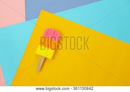 Table Top View Aerial Image Of Sign Or Food Of Summer Season Holiday Background Concept.flat Lay Of