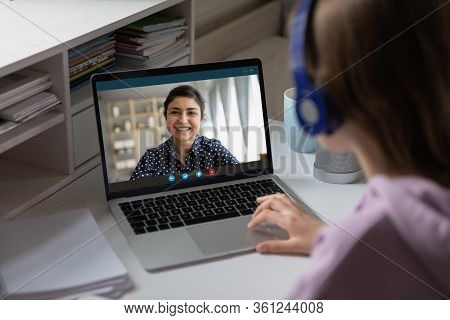 Indian Teacher Share Knowledge With Learner Using Videoconference Videocall
