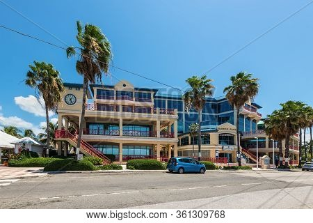 George Town, Grand Cayman Island, Uk - April 23, 2019: Street View Of George Town At Day With Palms