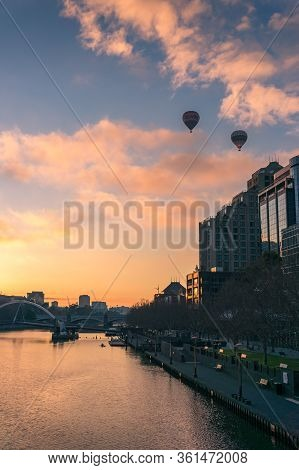Melbourne , Australia - June 18, 2017: Melbourne Cityscape At Sunrise With Melbourne Cbd Skyscrapers