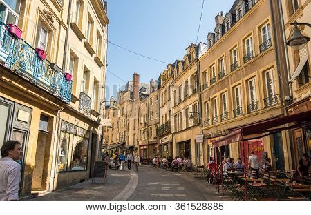 Metz, France - August 31, 2019: Pedestrian Shopping Street With Luxury Fashion Stores In Downtown Of