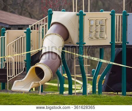 Shenango Township, Pennsylvania, Usa - April 16, 2020: Playgrounds And Parks In Lawrence County, Pen