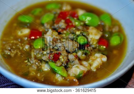 Stir Fried Shrimp, Stir Fried Pork With Stink Bean Or Thai Food