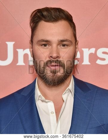 LOS ANGELES - JAN 11:  Patrick John Flueger on the red carpet at the NBCUniversal Winter TCA 2020 on January 11, 2020 in Pasadena, CA