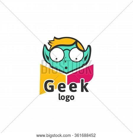 Geek Head Face Logo Designs Vector, Social Geek Logo Template