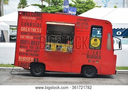 Pasay, Ph - July 28: Food Truck Mobile At Bumper To Bumper Prime Car Show On July 28, 2019 In Pasay,