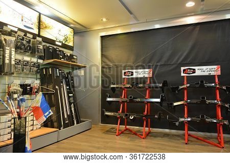 Pasay, Ph - July 28: Thule Product Display At Bumper To Bumper Prime Car Show On July 28, 2019 In Pa