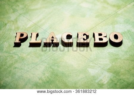 Placebo word on a green paper.