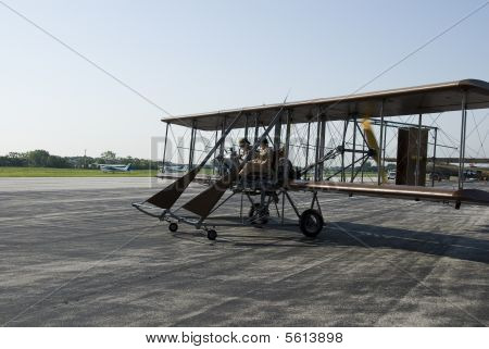 Replia Of Wright Flyer