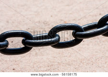 Large Black Chain