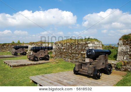 Cannons standing guard