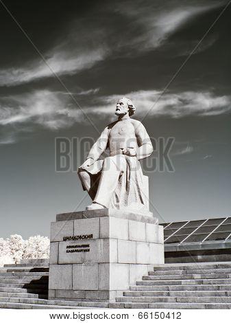 Monument Konstantin Tsiolkovsky. Infra-red Photo